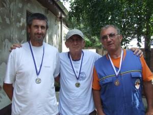 Traja najlepší v treťom úseku: Pavel Čapeľa, Milorad Blanuša a Nikola Lazić (zľava)