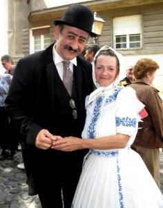 Speváčka Anna Kišová s hercom Milanom Milosavljevićom v role spisovateľa Branislava Nušića