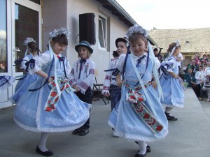 Lalitskí škôlkari vo veselom tanci