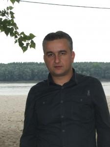 Dr. Goran Latković