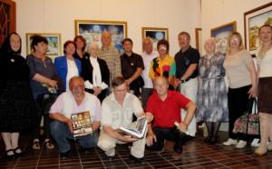 Maliari sa na slávnostnom otvorení Noci múzeí 2013 v Galérii insitného umenia zúčastnili v hojnom počte