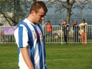 Triafal a prihrával: Dragan Lukić (Budúcnosť Hložany) (Foto: J. B.)