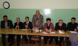 Hostia a hostitelia na zasadnutí Správnej rady MOMS Stará Pazova