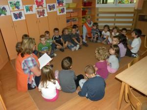 Deti v škôlke si rady vypočujú ľudové rozprávky