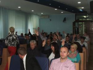 Koaličná väčšina hlasuje na 11. schôdzi ZO Báčska Palanka