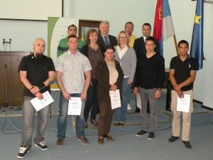 Spoločná fotografia absolventov s organizátormi kurzu