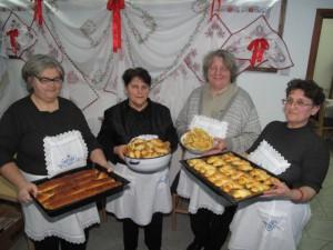 Členky Ženského spolku ponúknu turistov chutnými koláčmi a zapoja aj do výšivkárskych prác