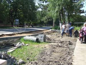 Výstavba autobusovej zastávky na rohu Ul. m. Tita a Ul. radničkej v Kulpíne je v plnom prúde