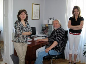 Predseda Rady MS Padina Ladislav Petrovič so spolupracovníčkami Evou Petrášovou a Jarmilou Trnovskou