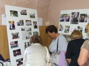 Výstava fotografií – trvalých pamiatok na akcie kulpínskych žien zaujala pozornosť návštevníkov