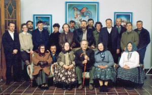 Manželia Jonášovci, maliarovi kolegovia a spolupracovníci začiatkom 90. rokov minulého storočia (názov foto: Maliar Jonas 6)