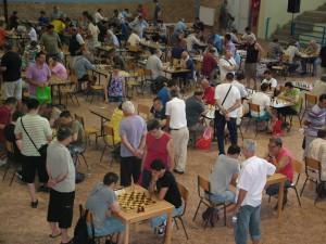 Šachové mravenisko v športovej hale v Petrovci