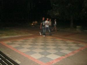 Čoskoro pribudnú aj figúrky pre šach na otvorenom