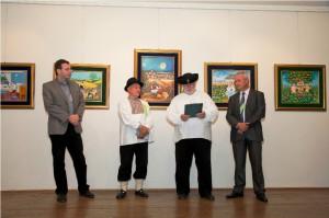 Záber z vernisáže: (zľava) Skalský, Žolnaj, Lipták a Babka