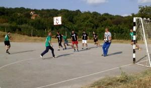 Momentka z futbalového zápasu v Slankamenských Vinohradoch